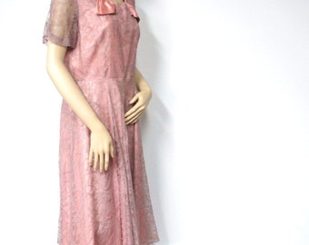 Vintage Lace Dress 1950's Dusty Rose Bow Cocktail Church Dress Ruched Sleeved Twirl Skirt Size 16
