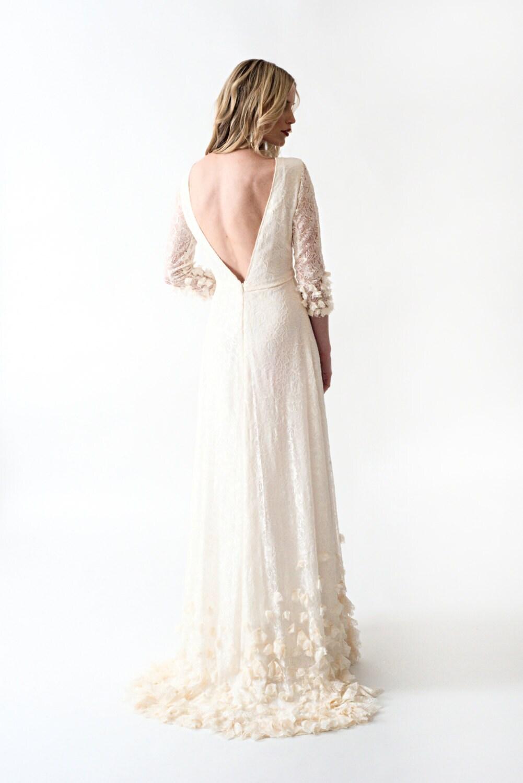 Vintage wedding dress sample sale flower girl dresses for Vintage wedding dresses sale