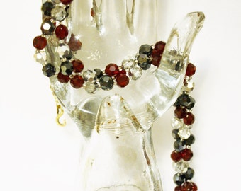 Vintage Crystal Glass necklace Demi Parure Red Black 3 Strands Necklace Earrings Clear Faceted Glass Bead Triple  Necklace Set Stunning