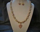 Heart Necklace and Earrings Set, Mother of Pearl and Gold Shell Pearl.