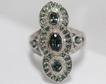 925 Color change garnet w/ white diamond ring