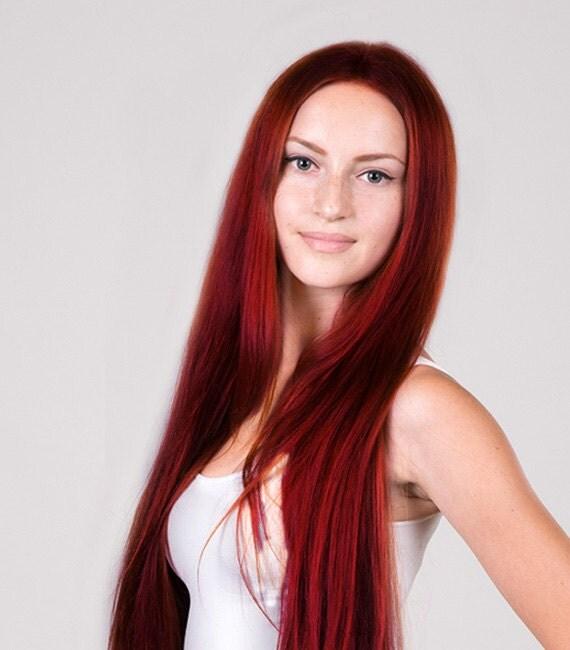 Couleur de cheveux vin rouge