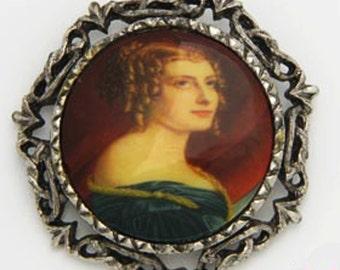 Vintage Portrait Pin Pendant Silver Tone