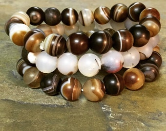 Stack of 3 agate stone stretch braclets