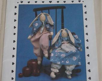 "The Cornell Collection ""Eggbert and Eggberta"" NB150 pattern,12"" rabbit dolls,vintage"