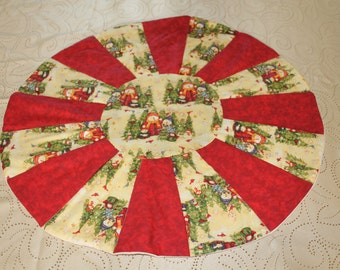 Christmas Tree Skirt Tabletopper Red Yellow Topper 25 In