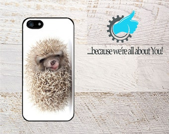 Hedgehog iphone case, Personalized Case For iPhone 4/4s 5/5s 5c 6/6s 6+/6s+ 7 7+ or SE.  Can be Monogrammed or Add Name!
