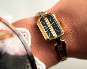 Vintage Ladies watch Luch ( Ray),Gold plated,  made in USSR, GORGEOUS DIAL, great gift idea ..