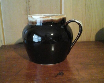 Pfaltzgraff Brown  Drip Bean Pot