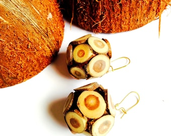 Earrings FORESTED -- Earrings with little balls covered in sliced wood, by All Things Natural