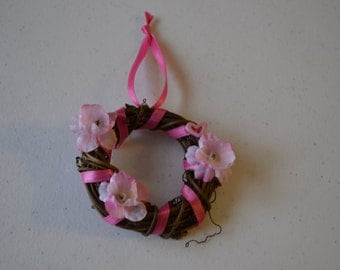 "18"" doll wreath natural vine,  American Girl accessory, Our Generation accessory"