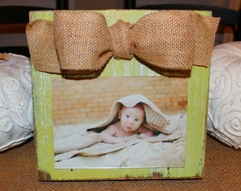 Distressed Wood Frame, Green Painted Wood Frame, 5x7 Picture Frame, Rustic Picture Frame with Burlap Ribbon, Shabby Chic, Farmhouse Decor