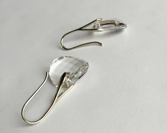 Dangle earrings with Swarovski clear Crystals