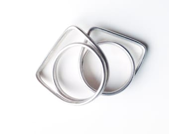Geometrical Silver Ring. Simple and Unique. Minimalist. For her. For him. Offered delivery.