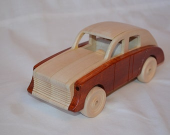 Wooden Toy Car GAZ M20