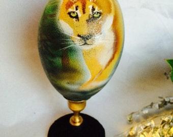 Cougar painted emu egg