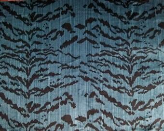 DESIGNER ITALIAN TIGRE Tiger Silk Velvet Fabric 2 Yards Indigo Blue Onyx Black