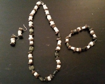 Natural stone white and green necklace,  earrings and bracelet set
