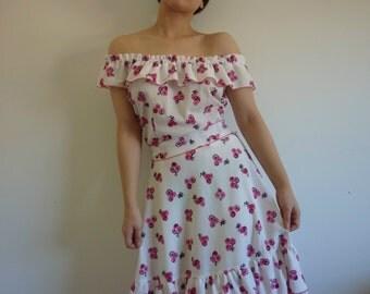 Sz SMALL - MEDIUM Floral off the shoulder ruffle dress, boho, Spanish style