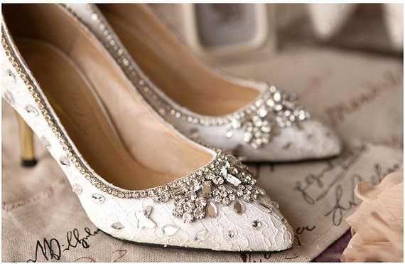 Elegant White Red Lace And Crystal Wedding Shoes Prom