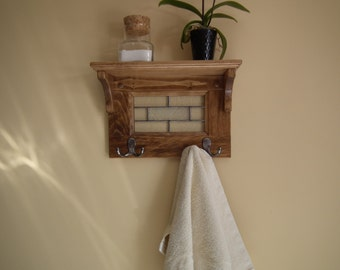 Door towel or coat rack pine with stained glass and 2 double hooks and shelf on the top