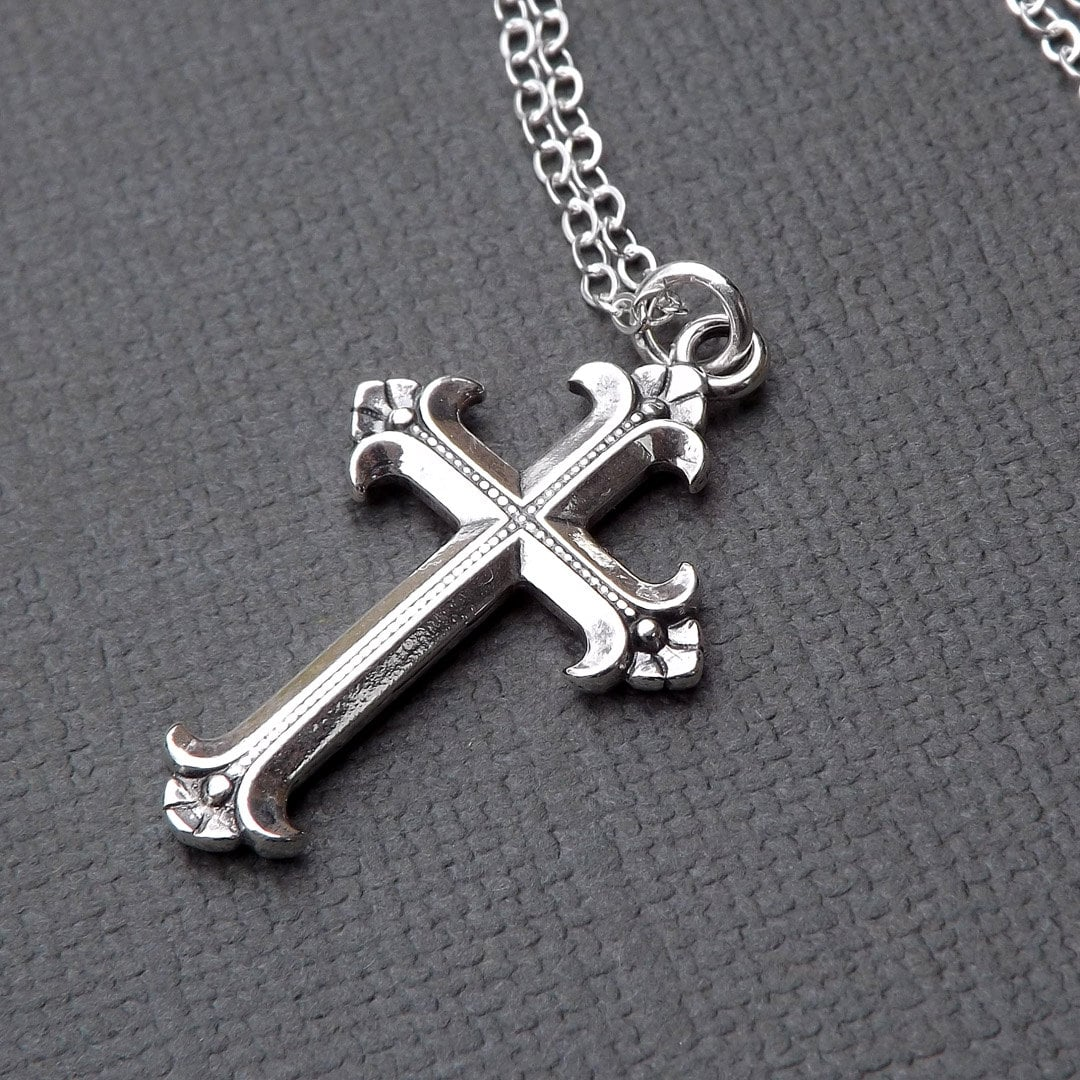 sterling silver cross necklace medium simple cross pendant. Black Bedroom Furniture Sets. Home Design Ideas
