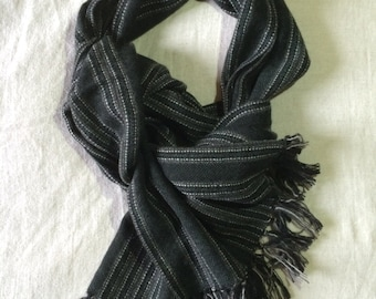 Unique. 100% cashmere hand woven scarf