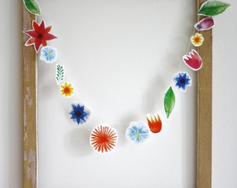 Papergarland flowers, flower garland, floral bunting, wedding decor, nursery decoration, Bridal garland, Wedding bunting