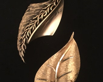 50's Set of 2 Leaf Brooches                           VG1108