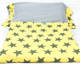 Duvet cover for bed. Yellow Star