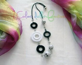 Collana Black and White