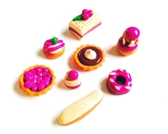 Miniature cakes 1:12 Dollhouse Miniatures -- Set of 8 pastry pieces , made to order, beige / fuchsia handmade polymer