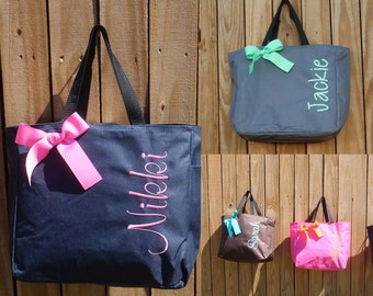 Bridesmaid Gift, Monogrammed Tote Bags set of 3 Personalized Tote, Wedding Party Gift, Bachelorette, Bridal Party Tote Bag, Wedding Bag