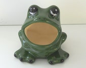 Ceramic Large Frog Scrubby Holder in Pine Green with Black spots Makes a great Tree Frog Lover Gift
