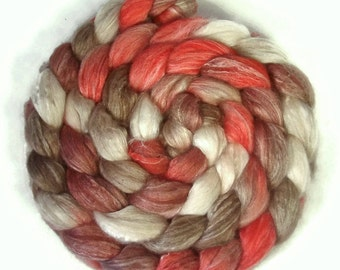 Handpainted Merino Bamboo Silk Wool Roving - 4 oz. CHERRY COLA - Spinning Fiber