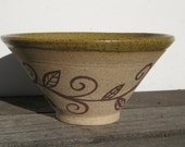 Medium Soup/Salad Bowl with Sprout design