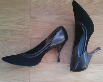 Vintage 1950s Stilettos Black Pointy Toed Shoes US 8 2014521