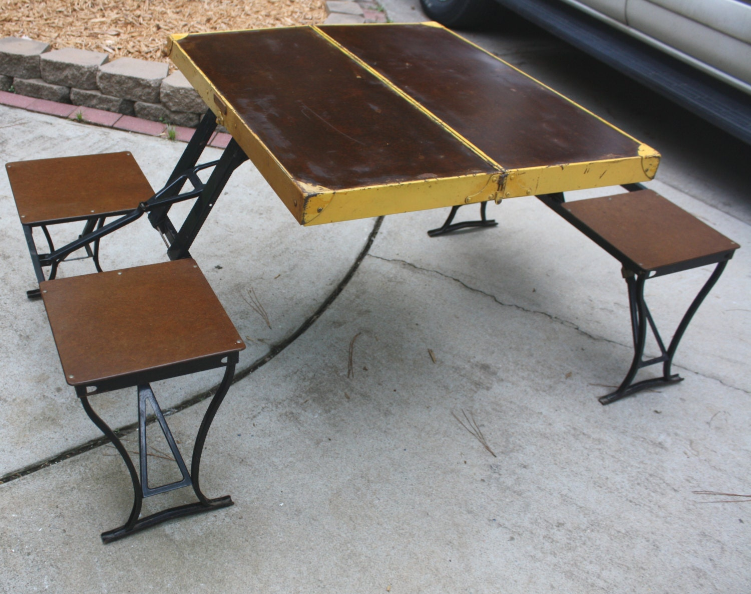 1947 Vintage Wooden Camper Camping Folding Picnic Table