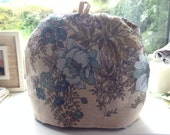 Beautiful Blue Retro Floral Pattern Vintage Tea Cosy