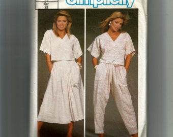 Simplicity Misses'  Top, Skirt, and Pants Pattern 6742