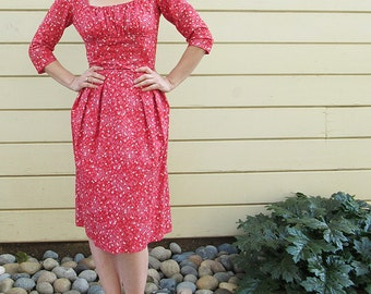 Pat Premo Late 50s Racey Red Rockabilly Dress. Ditsy Fabric. Cotton. Fully Lined. Back zipper. Back tie. Size XS or S