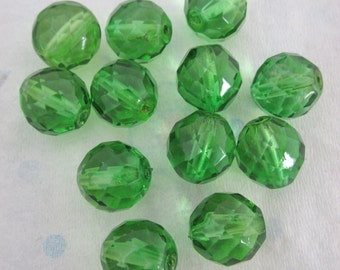 18 pcs. fire polished glass faceted peridot green beads 14mm - f4436