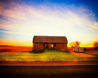 Good Morning - sunrise landscape photography - colorful rural photo - Wisconsin Barn