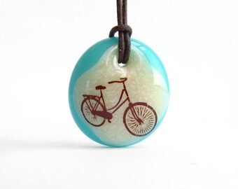 Retro Bicycle Necklace / bicycle pendant / bicycle lover gift / gift for her / bike lover gift / vintage bicycle jewelry / bike charm