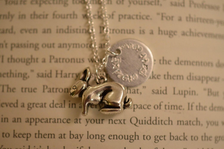 harry potter lovegood hare patronus charm necklace
