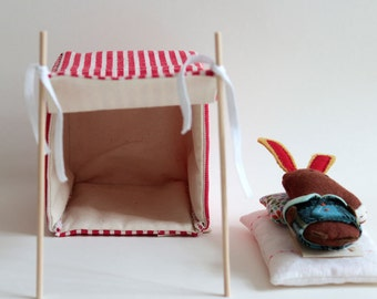Red strips beach shack- Miniature to play