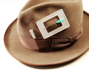 Naked Lunch, hat or collar pin - plexi glass, syringe