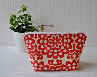 6 x 9 Zippered Pouch - Wallflower in Cherry