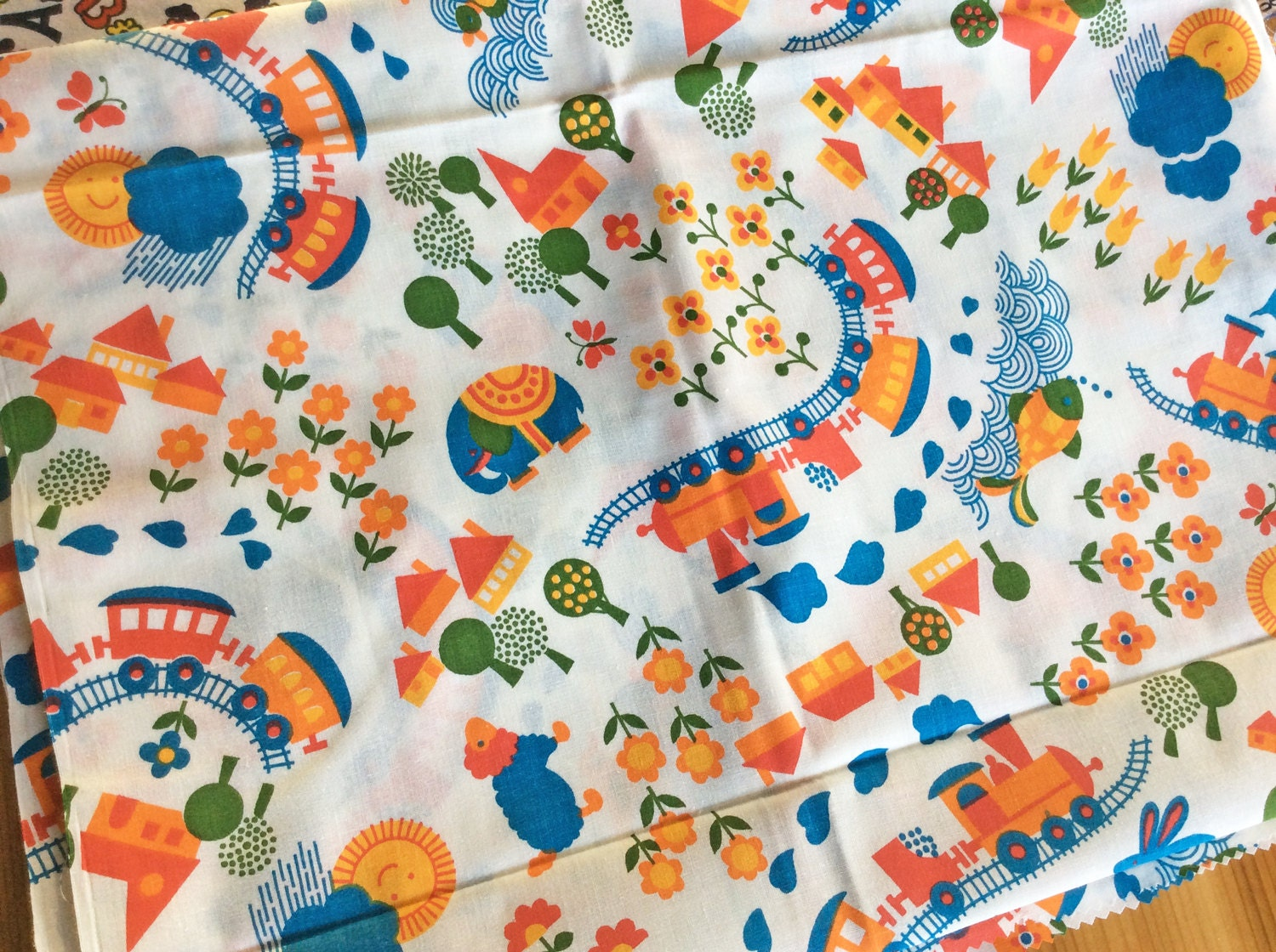 Vintage fabric cute kitschy childrens print novelty for Childrens patterned fabric
