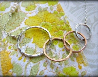 Four Sisters Rings Necklace - 4 Symbolic Infinity Linked Circles Gold Rose Sterling Silver Gift Best Friends 40th 45th 50th 55th 60th 65th